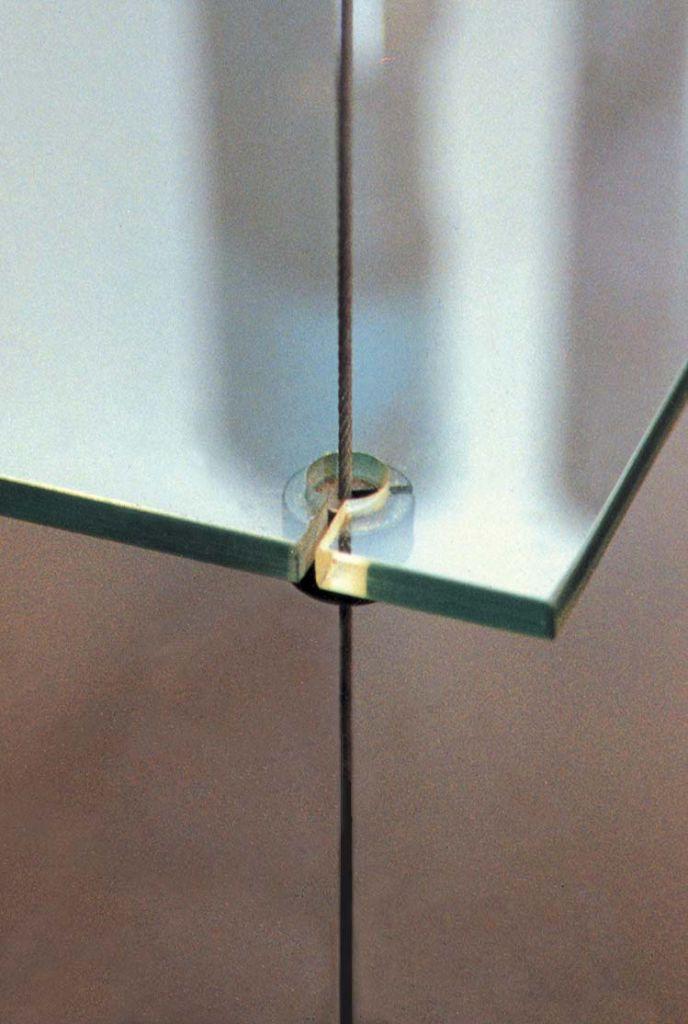 Support de dessous d\'étagère sur tige Ø3 mm