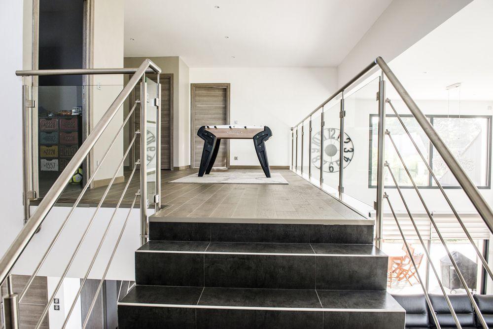 balustrade de mezzanine le guide d achat. Black Bedroom Furniture Sets. Home Design Ideas