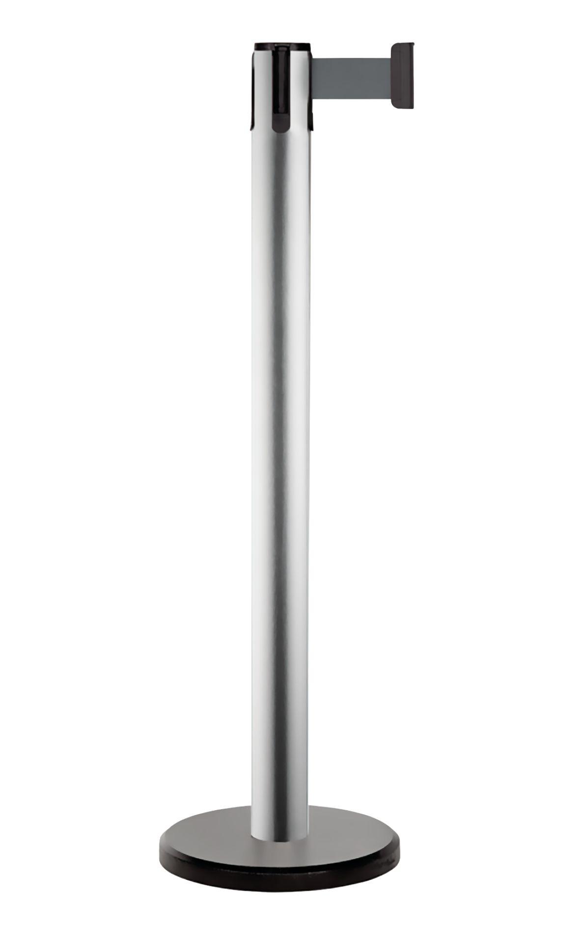 Poteaux de signalisation